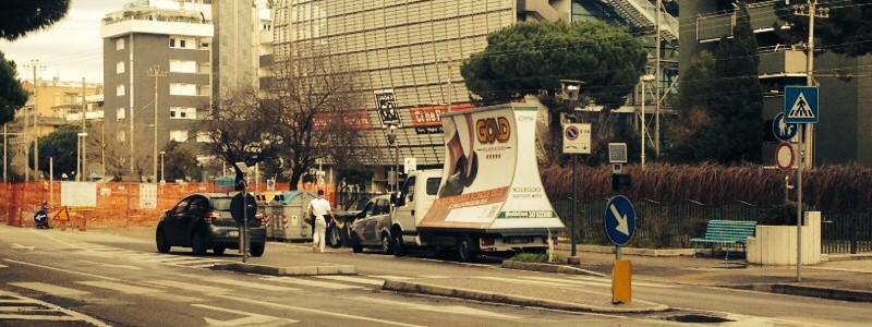 I camion vela pagano l'imposta pubblicitaria ?